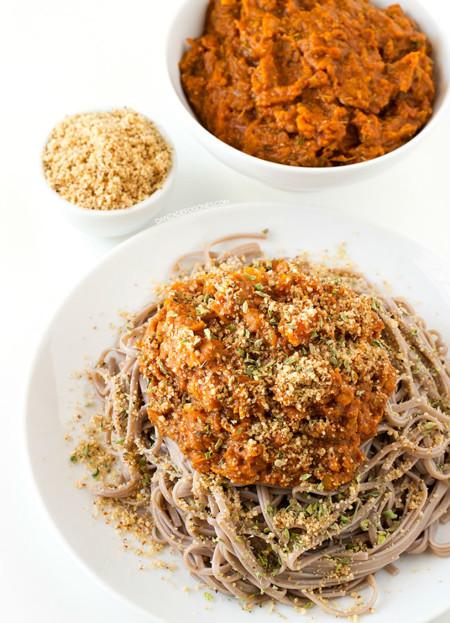 Paseo por la gastronomía de la red: recetas para sacar todo el jugo al tomate