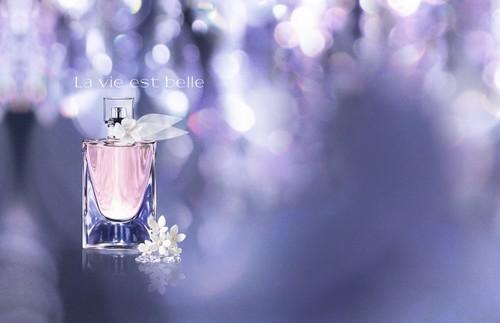 ¿Todavía no has encontrado un perfume que te defina? He aquí tres nuevas propuestas