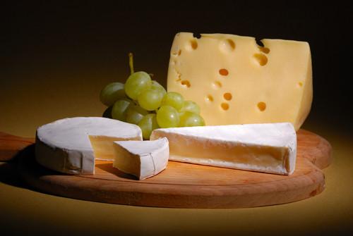 C mo comer queso franc s en francia for Gastronomia de paris francia