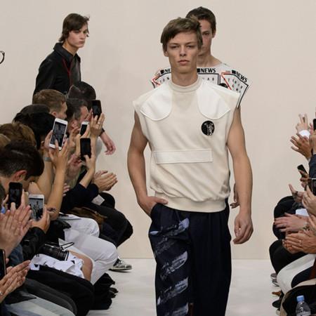 Las propuestas de J.W.Anderson durante la semana de la moda en Londres