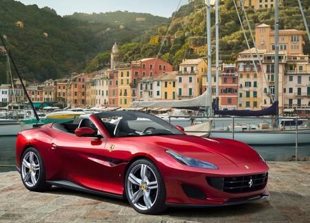 Ferrari Portofino 2018 1600 01