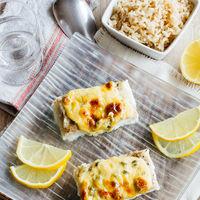 Pescado con mayonesa al horno. Receta fácil y saludable