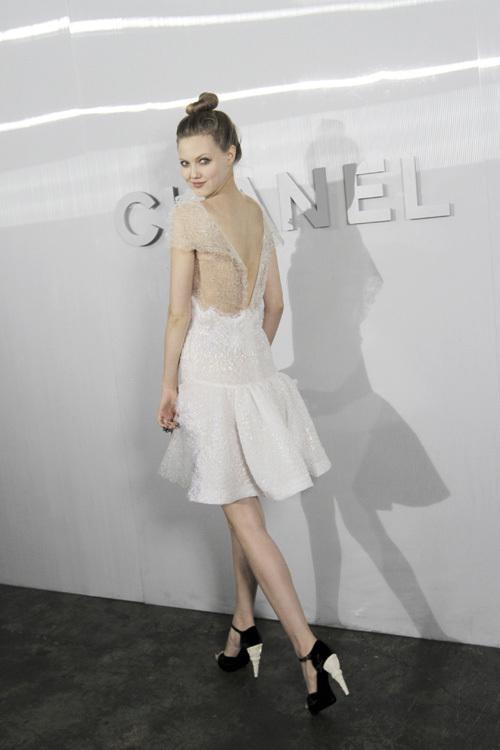 Foto de Las modelos de Chanel de fiesta (5/26)