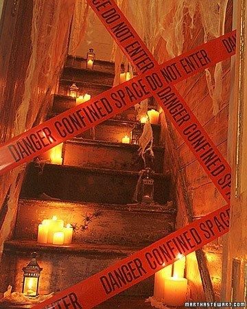 Decora tu escalera para Halloween