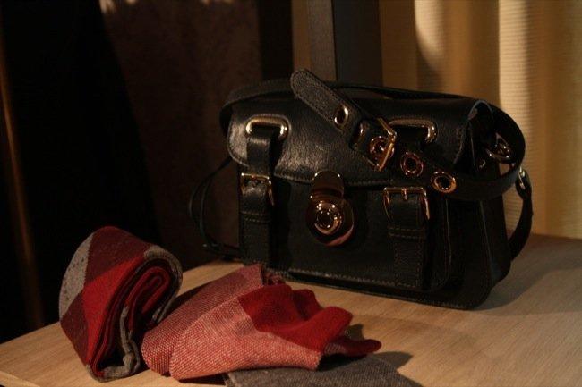 Bolso negro Massimo Dutti Otoño-Invierno 2011/2012