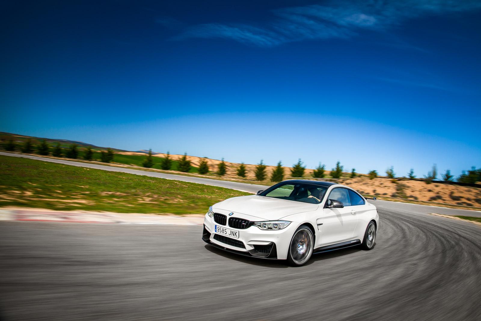 Foto de BMW M4 CS (26/60)