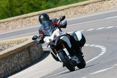 Ducati Multistrada 1200 S Touring, salimos a la carretera