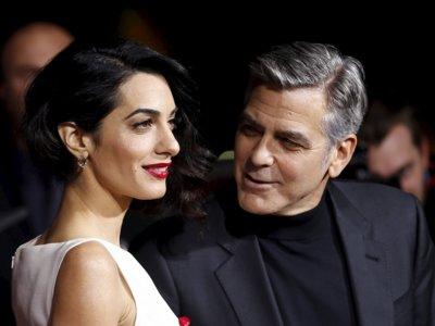 Amal Clooney nos enamora con un look triunfador