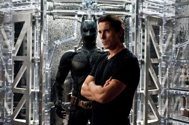 Batman y Bruce Wayne son más diferentes que nunca