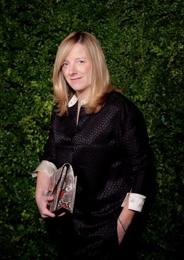 Golpe de efecto: Resulta que va a ser Sarah Burton y no Alber Elbaz quien ocupe el puesto vacante de Raf Simons en Dior