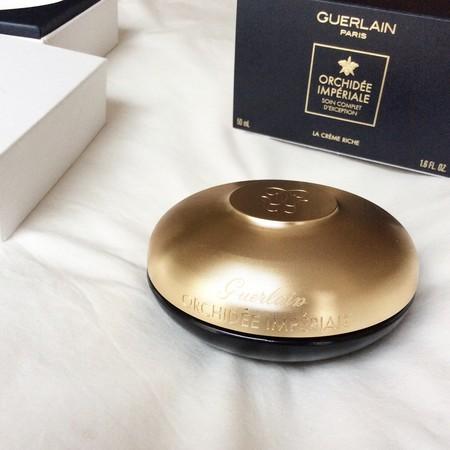 Probamos la Crema Rica Orchidée Impériale de Guerlain, la favorita de Kim Kardashian, y ahora también la nuestra