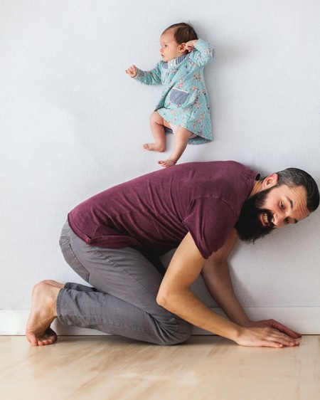 Dad Baby Girl Playful Photography Ania Waluda Michal Zawer 18