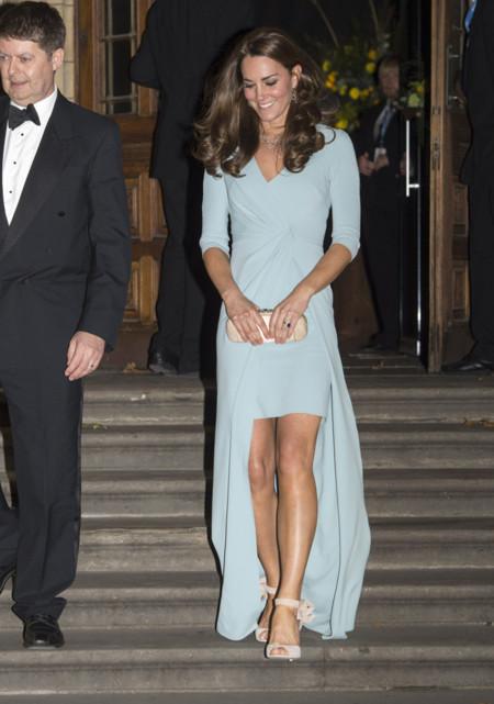 Kate Middleton asimétrico Fiesta Look