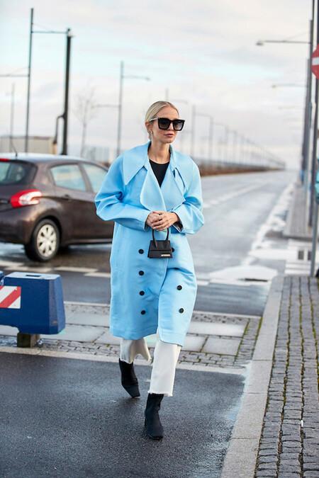 Abrigo Color Azul Celeste Visto Street Style Copenhague 600