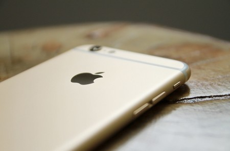 WhatsApp para iOS se actualiza para corregir un error de seguridad que permitía a terceros bloquear la app