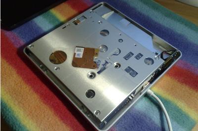 Usa la SuperDrive del MacBook Air en cualquier ordenador