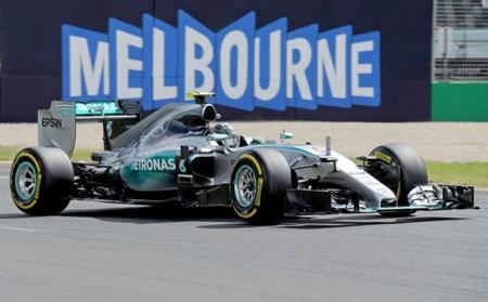 Mercedes Benz domina el Gran Premio de Australia