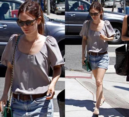 Rachel Bilson y sus looks de calle con su nuevo bolso verde