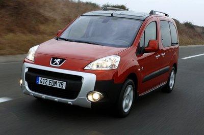 "Peugeot Partner Tepee Outdoor Grip Control, un 4x2 ""listo"""