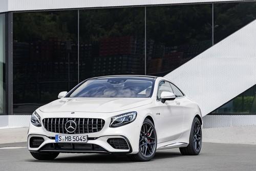 Mercedes-AMG S 63 y S 65 actualizan su dosis de deportividad y potencia en Frankfurt