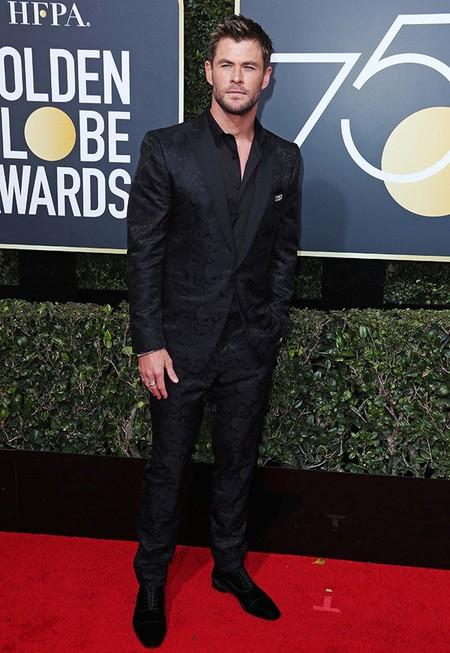 Chris Hemsworth Se Dejala Corbata En Casa Para Asistir A Los Golben Globes 2018 3