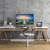 AOC presenta la nueva serie de monitores V4: una gama básica de entre 24 y 32 pulgadas con resoluciones QHD y 4K