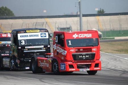 Antonio Albacete no pudo con Jochen Hahn en Misano
