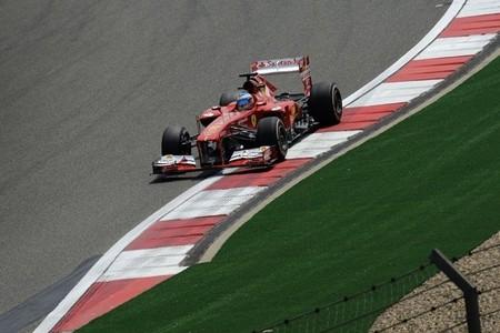 Fernando Alonso, con buenas sensaciones para carrera, saldrá tercero