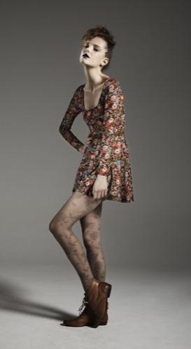 TopShop, colección Primavera-Verano 2010: informal y moderna, catálogo completo, vestido de flores