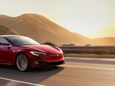 Por si no era suficiente, Tesla mejora la aceleración del Model S y del Model X
