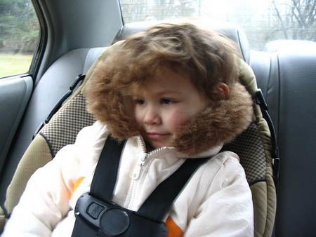 Inventan un dispositivo para no olvidarse al bebé en el coche