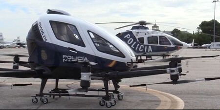"""""""Megadrón"""", el flamante vehículo patrulla volador y autónomo que ya está probando la Policía Nacional"""