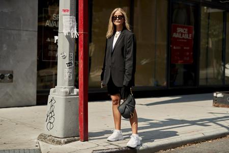 Esta es la prenda con la que todas las influencers han coincidido en el street style de NYFW