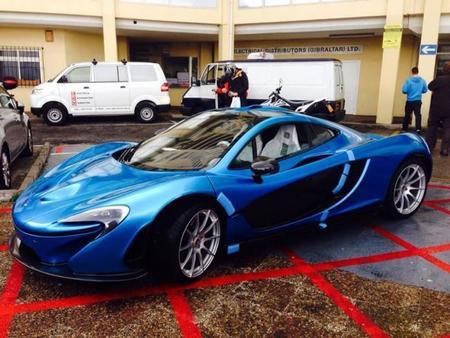 Papá Noel ha traído el primer McLaren P1 a la Península Ibérica