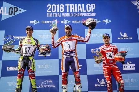 Toni Bou celebra su 24º título mundial de Trial con otra victoria en el Arco di Trento