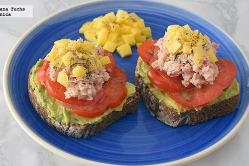 15 desayunos saludables con aguacate para empezar el día con energía