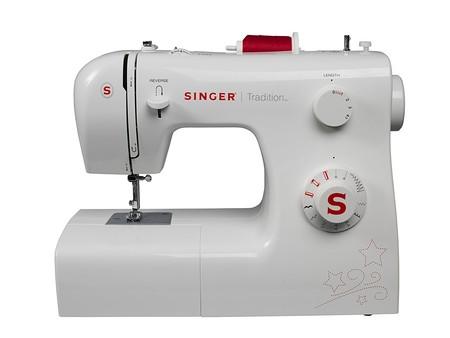 Oferta flash en la máquina de coser Singer 2250 Tradition: hasta medianoche cuesta 81,99 euros en Amazon