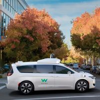 Waymo y Walmart se asocian para que los coches autónomos de Google nos lleven a hacer la compra