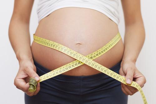 Adelgazar para luego engordar: cómo cuidar tu peso si quieres quedarte embarazada
