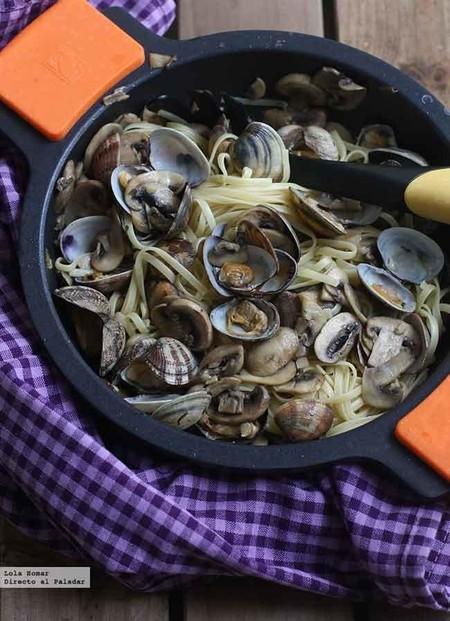 Espaguetis mar y monte, receta fácil, rápida y (tremendamente) deliciosa