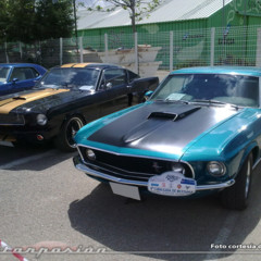 Foto 1 de 22 de la galería 4-cabalgada-de-mustangs-2010 en Motorpasión