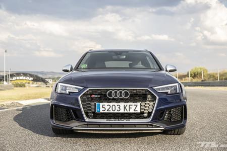 Audi RS4 2018 delantera