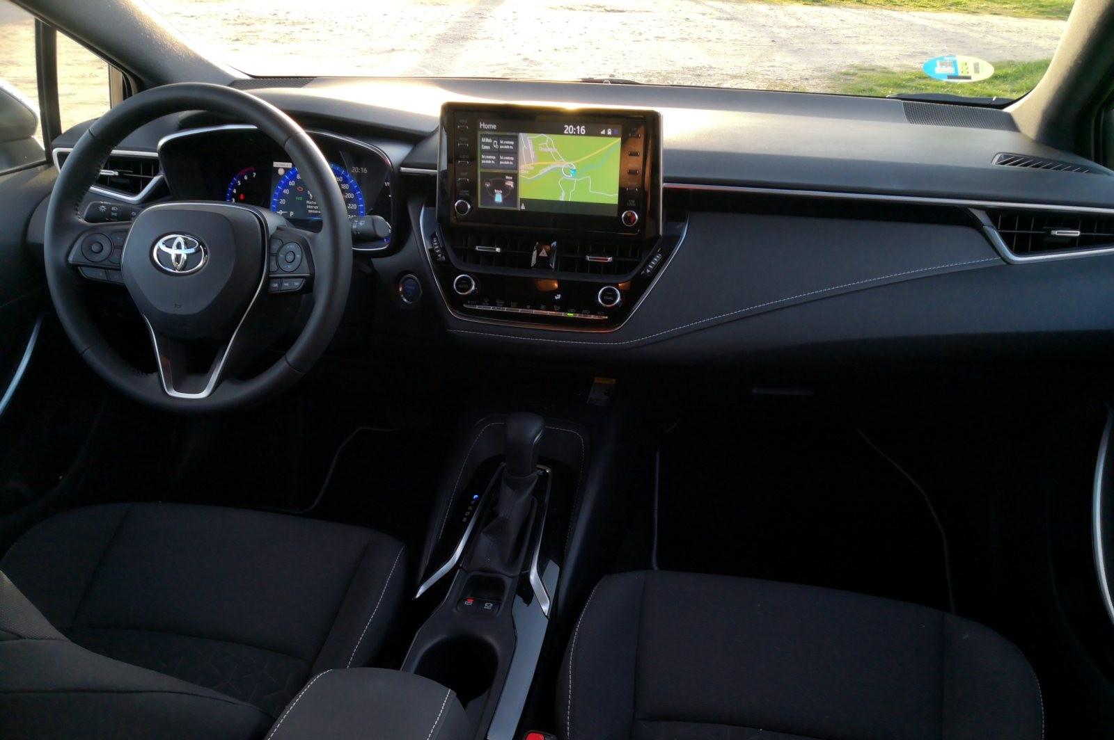 Foto de Toyota Corolla 125H - Imágenes del interior (6/14)