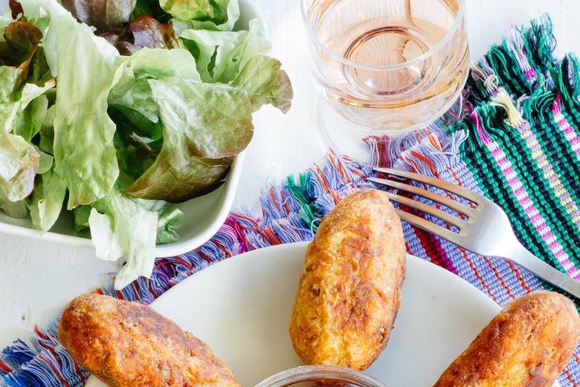 Croquetas de patata y atún. Receta fácil para el verano