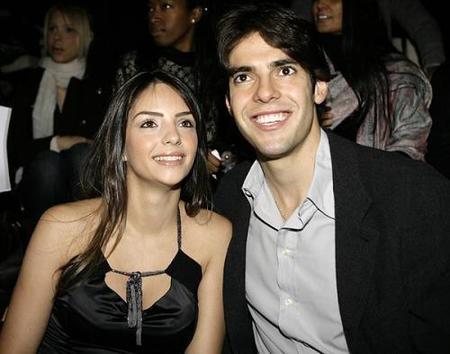 "La esposa de Kaká va a ""aplastar la cabeza del diablo"""