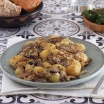 Ñoquis gratinados con salsa cremosa de setas y parmesano, receta fácil y sabrosa perfecta para días de frío