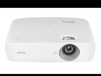 BenQ HT1070, un proyector compacto Full HD para montarnos un modesto sistema de cine en casa