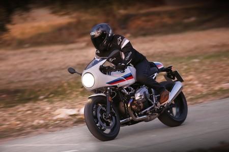 Probamos las BMW R NineT Pure y Racer, las clásicas alemanas más cotizadas