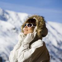 Cinco chaquetas de invierno para mantenerte calentito practicando deporte al aire libre en la montaña