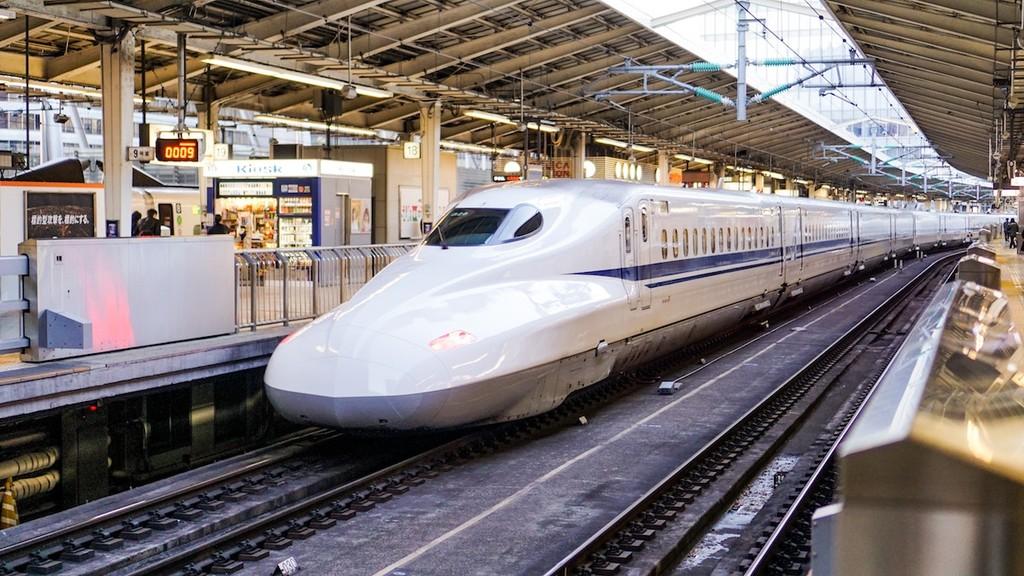 China ya tiene listos los primeros trenes bala autónomos del mundo que viajarán a una velocidad de hasta 350 km/h